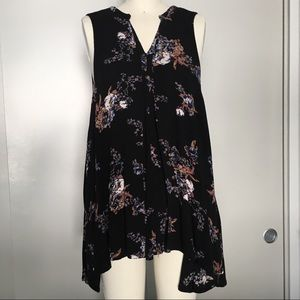 Floral Free People long tank size S with pockets!